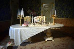Conviviando: un invito a tavola nella storia