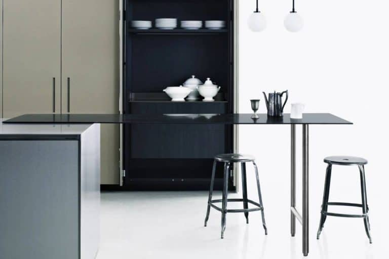 Slight: tavolo da cucina con piano in compound - Boffi