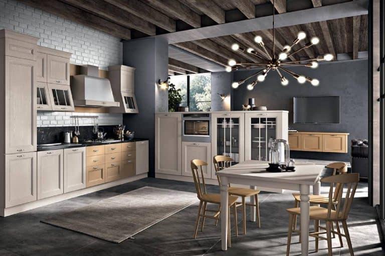 Maryland: cucina classica in legno massello - SPAR